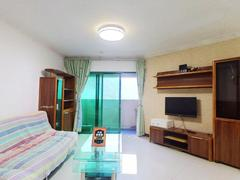 梅林一村 大社区三房出租,家私全齐看房方便。