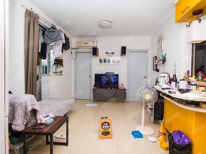 湖心大厦 1室1厅1厨1卫 54.5m² 精致装修