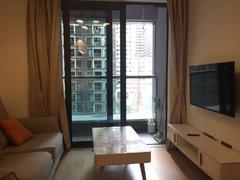 <b class=redBold>万科云城六期</b> 万科云城精装两房 全齐出租 欢迎咨询