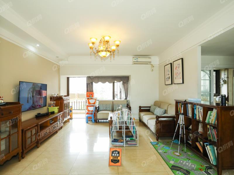 龙岸 6室2厅1厨2卫 131.08m² 精致装修