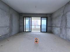 大运城邦二期 5室2厅2厨2卫 193.46m² 户型好 毛坯二手房效果图