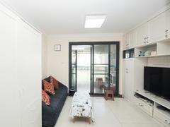 马赛国际公寓 3室2厅1厨1卫 88.0m² 精致装修二手房效果图