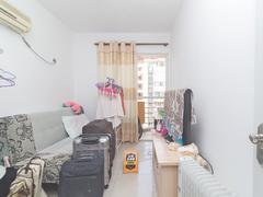 梦想家园 正规一房一厅、装修保养好、家私电齐全、拎包入住出租房效果图