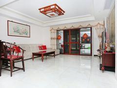 江海碧桂园 4室2厅1厨2卫 206.0m² 精致装修