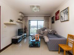 中海康城国际 3室2厅1厨1卫 72.0m² 精致装修二手房效果图