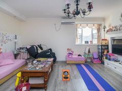 怡泰大厦 3室2厅1厨1卫 96.25m² 普通装修二手房效果图