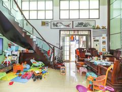 信义假日名城三期 独有的豪华复式房六房三厅三卫,南北通透