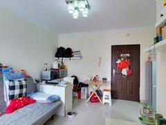 心语雅园 高楼层精致一房一厅房满两年看房方便