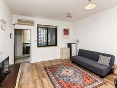 太阳国际公寓 2室2厅1厨1卫 85.0m² 整租租房效果图