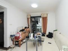 马赛国际公寓 2室2厅1厨1卫 74.6m² 精致装修二手房效果图