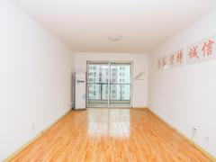 李沧万达广场中央公馆 2室2厅1厨1卫 100.48m² 整租租房效果图