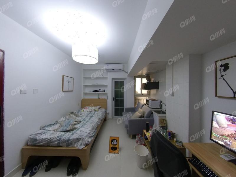 国际名园 1室0厅1厨1卫 23.96m² 精致装修
