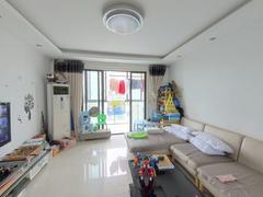 路劲凤凰城 奥体旁,精装修大3房,装修保养好,价格低,诚意卖二手房效果图
