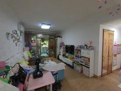 布吉阳光花园 一楼带花园 满五年 少量欠款 自住 保养好二手房效果图