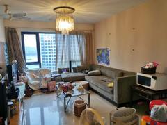 太阳国际公寓 3室2厅0厨2卫 130.0m² 整租租房效果图